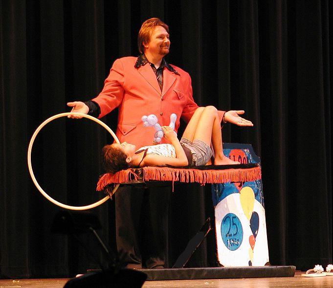 Austin Texas Magician-Hypnotist-Mentalist CJ Johnson
